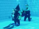 Tauchausbildung im Schwimmbad_10